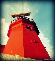 Looking UP at the lighthouse-001